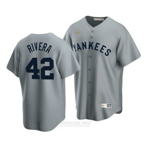 Camiseta Beisbol Hombre New York Yankees Mariano Rivera Cooperstown Collection Road Gris